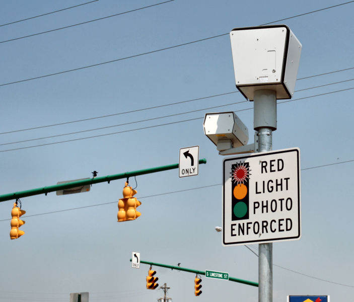 703px-red-light-camera-springfield-ohio.jpg